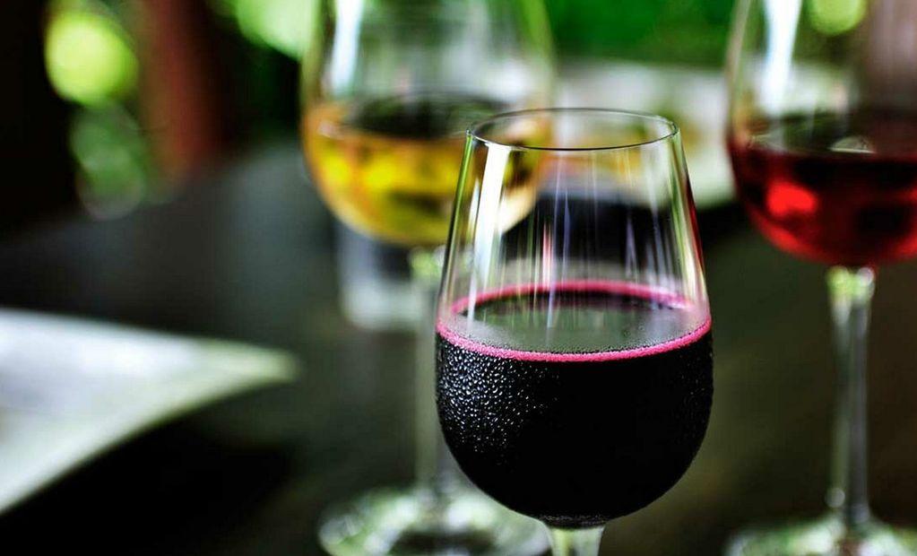 Как сделать домашнее вино из варенья без дрожжей