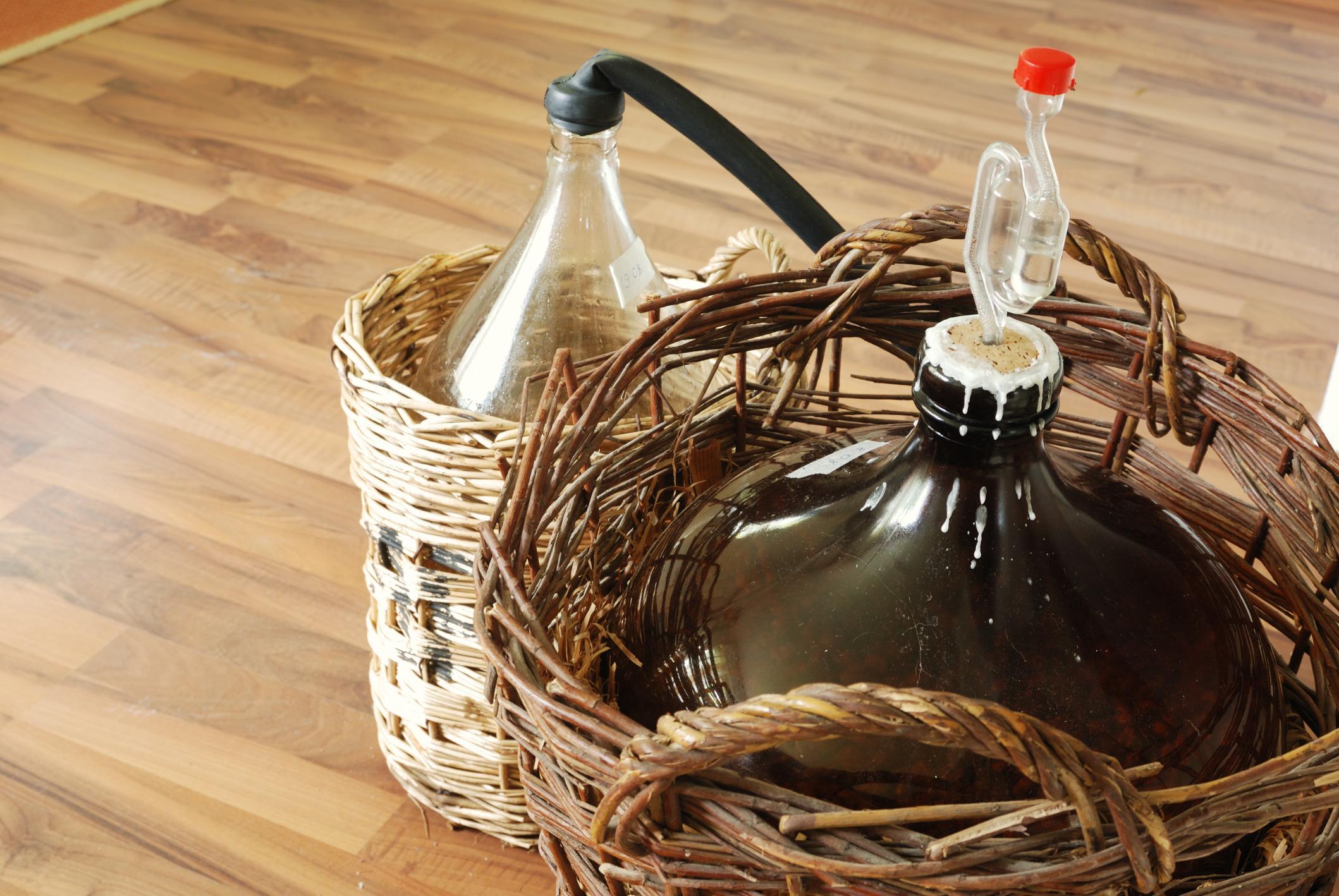 Как приготовить дрожжи для вина в домашних условиях