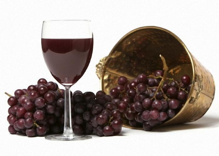 Может ли домашнее вино из винограда сорта Лидия приносить вред? Это, наверное, самый частый вопрос, который задают представители виноделия.