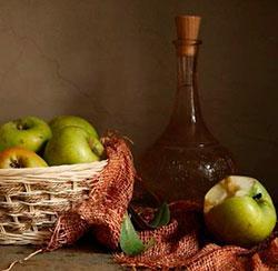 Самогон на яблоках