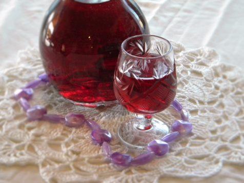Настойка на спирту из вишни на скорую руку спирт этиловый применение внутрь
