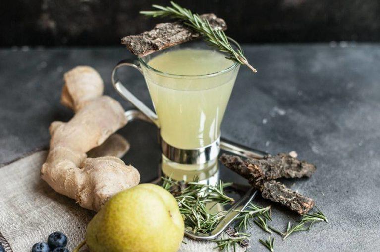 Грушево-имбирный напиток