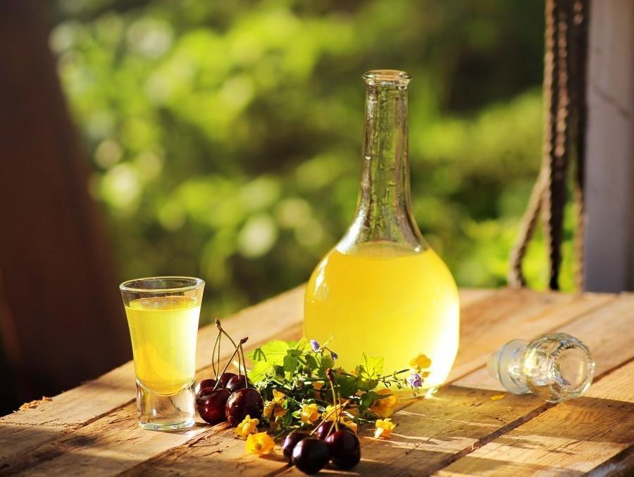 Особенности лимонной настойки на водке
