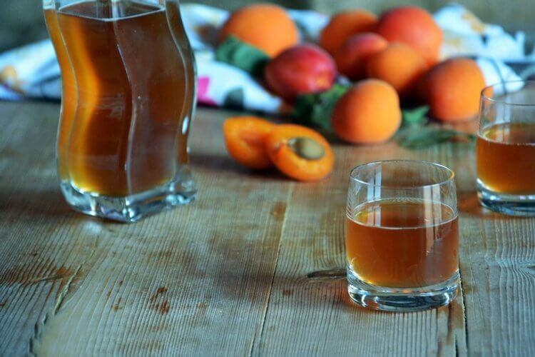 Рецепт настойки на абрикосах