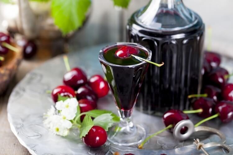 Способ приготовления вишневой настойки