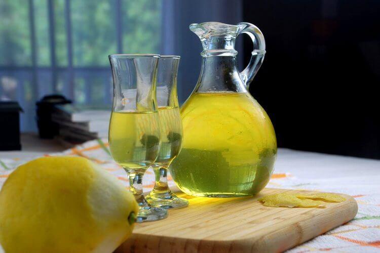 Приготовление алкоголя из лимона